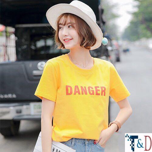 ÁO THUN NỮ DANGER VÀNG D770